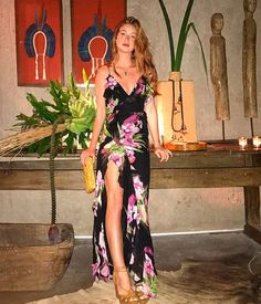 night out maxi Maxis, Maxi Skirts, Runway Models, Colourful Outfits, Casual Summer Outfits, Casual Looks, Dress To Impress, Ideias Fashion, Dress Up