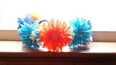Hey, I found this really awesome Etsy listing at https://www.etsy.com/listing/186072257/colorful-daisy-flower-head-crown