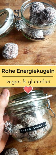 Rohe Energiekugeln sind der perfekte Snack! Gesund, schnell gemacht und süchtig bin ich auch noch. #vegan #glutenfrei #glutenfree #veganfood #recipe #rezept #raw #rohkost #energyballs