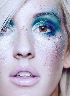 Ellie Goulding Mermaid makeup