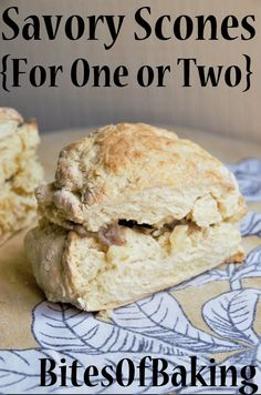 These savory scones are ready in no time! This easy recipe is perfect if you need to fix you a quick lunch/dinner. Go at the end of the post if you want more Scone Recipes It's been quite a l… Perfect Scones Recipe, Banana Scones, Savory Scones, Cocktail Sauce, Cooking For One, Oven Racks, Baking Ingredients, Cravings, Easy Meals