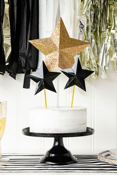 Prom Dress Plus Size, collectionsall?best=New Years Eve Party Ideas with Cricut by Lindi Haws of Love The Day Graduation Dresses UK New Years Party Themes, Decade Party, New Years Eve Party, 13th Birthday, Diy Birthday, Birthday Parties, Graduation Dresses Uk, First We Feast, Cake