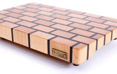 Фото в Google+ End Grain Cutting Board, Diy Cutting Board, Wood Cutting Boards, Woodworking Box, Woodworking Projects That Sell, Tea Table Design, Wooden Chopping Boards, Craft Show Ideas, Wood Patterns