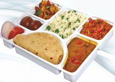Travelkhana First Meal Free Offer : Get First Meal Free , Coupons Code WOW100 - Best Online Offer