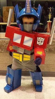 Amazon boxes Transformers = Amazon Prime Halloween costume - CNET ...