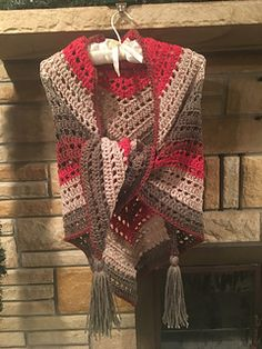 This project requires very little effort for very gratifying results. Using only a single Caron Big Cake and the most elementary of crochet stitches, you can quickly make this versatile, one-size-fits-most piece that can be worn as either a shawl or a scarf.