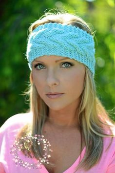 McKinley Knit Headband - Handmade!! $11.99 each!    Keep your ears warm and still look very stylish doing so!!   Available in Black, Ivory and Mint!   Care: Handwash in cold water and lay flat to dry if you need to wash the yarn or spot clean.