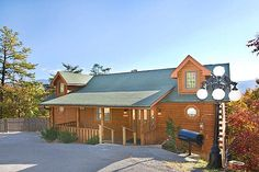 Restful View - 3 Bedroom Cabin for Rent in Pigeon Forge TN http://americanmountainrentals.com/cabin-detail/?cid=80