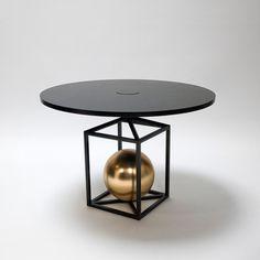 Lea Padovani et Sebastien Kieffer (Pool) Contrepoids table metal et laiton brosse