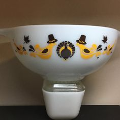 Oracal 651 vinyl...brown and gold Decal only - bowl not included 1 decal per order custom colors available 501 will feature the 2 middle birds and the turkey (no side birds included) All other sizes will have the entire design