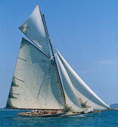 1909 Sailing Yacht......beautiful!