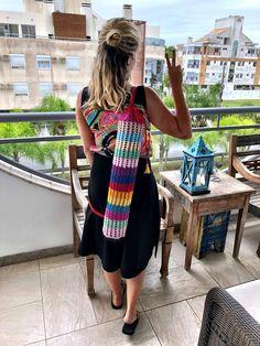 Porta Tapete de Yoga de Crochê Colorido🕉 Yoga Mat Bag, Crochet Bags, Diy, Crafts, Dresses, Fashion, Farmhouse Rugs, Crocheting Patterns, Ideas