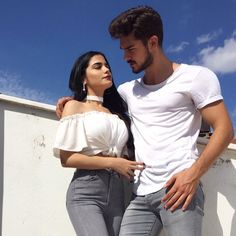 ✔ Couple Wallpaper iPhone Awesome - Best of Wallpapers for Andriod and ios Couple Photography Poses, Couple Portraits, Cute Relationship Goals, Cute Relationships, Couple Goals Cuddling, Fake Girls, Couple Wallpaper, Fake Photo, Fashion Couple