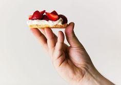 Strawberry, White Chocolate and Yogurt Tart : Cafe Fernando – Food Blog - lemon zest - strained yogurt - strawberry tart - white chocolate - white chocolate and yogurt filling - Fruit