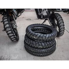 I have just written an article on tires that i've used in the last 400,000km on the road riding RTW, Motoz, Kenda, Pirelli, Metzeler, Continental, Heidenau, Mitas etc… Go to my webpage to read the details…YMMV #rtwpaul #rtwlife #tires #mototires #motorcylcletires #tyres