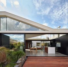 Tunnel House by MODO