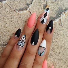 Пишите свои мнения об этом дизайне ногтей ✨ Пишите в комментах какие бы вы дизайны хотели увидеть ?❤️ #nailart