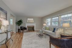 View the HomeVisit Virtual Tour: 5724 MARBLE ARCH WAY, ALEXANDRIA, VA 22315