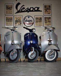 Love my classic Vespas. Scooter Garage, Best Scooter, Lambretta Scooter, Vespa Scooters, Vespa Ape, Piaggio Vespa, Lml Star, Classic Vespa, Italian Scooter