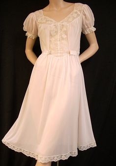 Vintage 1950s Pink Nightgown and Peignoir Set
