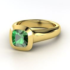 Pics For > Emerald Rings Yellow Gold
