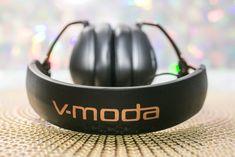 v-moda-crossfade-wireless-2-headphones-03.jpg