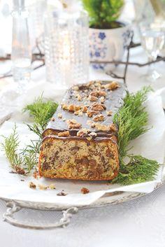 Biskupský chlebíček  Emma Tekelyova Lazy Morning, Tiramisu, Banana Bread, Xmas, Baking, Breakfast, Fit, Ethnic Recipes, Desserts
