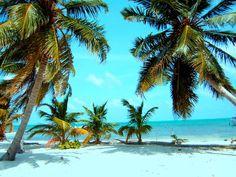 Caye Caulker, Belize. www.wallpaperstravel.com