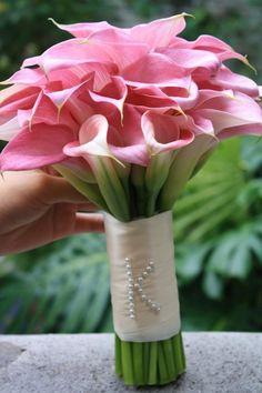 Spinning WEB Florist   Oahu Wedding Flowers   Best Oahu Weddings