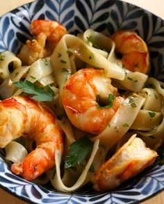 Low FODMAP Recipe and Gluten Free Recipe - Shrimp rice noodle salad http://www.ibssano.com/low_fodmap_recipe_shrimp_rice_noodle.html