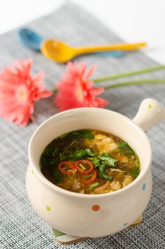 Authentic Hot and Sour Soup (酸辣汤) - Omnivore's Cookbook