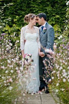 Two Birds And Their Ornithology Inspired Wedding At Gaynes Park in Epping. Photography by www.annarosell.com