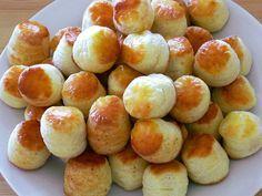Túrós pogácsa recept Bread Recipes, Cooking Recipes, Hungarian Recipes, Bread Rolls, No Cook Meals, Food And Drink, Healthy Eating, Yummy Food, Snacks