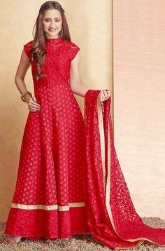 India's Best Wedding Planning Site - Online Wedding Planner Indian Wedding Website : Wed Me Good Sari, Lehenga Saree, Anarkali Dress, Anarkali Suits, Arab Fashion, Indian Fashion, Pakistani Outfits, Indian Outfits, Bohemian Wedding Dresses