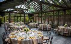 Detroit Wedding Venues - Rochester Michigan Weddings - Auburn Hills Wedding Venues