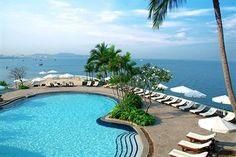 Dusit Thani Pattaya - Beach view