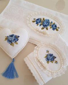 """1,826 Beğenme, 47 Yorum - Instagram'da 🎀etamin islemelik boş havlu🎀 (@elifce_kanavicem): """"Gelsin mi Ozaman mavinin en güzel hali 💙💙💙musmutlu pazarlar 💙💙💙Kizlar bu ayın sonuna kadar çok…"""" Wedding Embroidery, Embroidery Fonts, Hand Embroidery Designs, Vintage Embroidery, Embroidery Patterns, Crochet Patterns, Cross Stitch Borders, Cross Stitch Rose, Cross Stitch Patterns"""