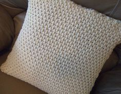 Nice back side pattern for a pillow using front post double crochet (fpdc) and back post double crochet (bpdc) stitches, and alternating the rows. (I love how this looks!)