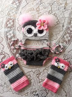 Size 6-12 month  owl hat diaper cover and leg warmer set