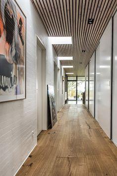 Hallway – Home Decor Designs Inspired Homes, Danish House, House Design, House Exterior, Building A House, House Inspiration, Restaurant Interior Design Wood, Modern House Exterior, Roof Design