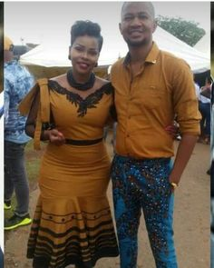 Couples African Outfits, African Wear Dresses, African Fashion Ankara, African Print Fashion, Africa Fashion, African Attire, African Prints, South African Traditional Dresses, Traditional Outfits