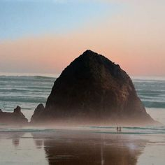 Cannon Beach (15 Best Day Trips from Portland Oregon) // http://localadventurer.com