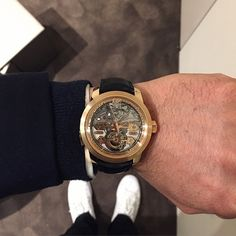 The Minute Repeater captured by our friends Les Rhabilleurs. See the #wristhot here: https://instagram.com/p/0fevIgjNkc/?taken-by=lesrhabilleurs #watches #luxury #baselworld #fashion #style #luxury #hautehorlogerie #timepiece
