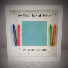 Back To School - My First Day at School Crayon Frame. Includes colourful stars and 4 crayons. x and is available in Black or White. Scrabble Tile Crafts, Scrabble Art, Scrabble Letters, First Day At School Frame, 3d Box Frames, Picture Boxes, Picture Frames, Diy Shadow Box, Baby Frame