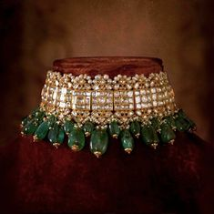 Indian Jewelry, Sabyasachi Choker Necklace Indian Necklace Set, Kundan Jewelry, 2 choices - New Ideas Indian Jewelry Sets, Indian Wedding Jewelry, Bridal Jewelry Sets, Bridal Jewellery, Pakistani Jewelry, Indian Bridal, Indian Necklace, Luxury Jewelry, Gold Jewelry