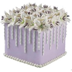 Lillies and Lavender Cake ❤ liked on Polyvore featuring cakes and food