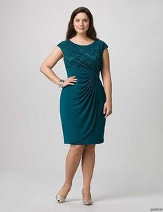 Great plus size fashion is hard to discover and I want to help you find it. Beautiful Plus size fashion is what we all deserve. Plus Size Prom Dresses, Plus Size Outfits, Stylish Dresses, Fashion Dresses, Different Types Of Dresses, Business Mode, Modelos Plus Size, Mode Plus, Moda Plus Size