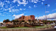 CANARIAS  FOTOS   Canary Islands Photos: Centro Comercial Oasis y Hotel Lopesan Baobab Reso...
