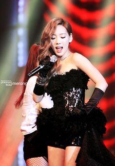 SNSD Taeyeon Taeyeon Lady Marmalade K-pop Star