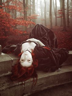 It was a night so beautiful that your soul seemed hardly able to bear the prison of the body. Somerset Maugham, The Moon and Sixpence, 1919 Witch Photos, Halloween Photos, Gothic Vampire, Dark Gothic, Goth Beauty, Dark Beauty, Best Wallpaper Iphone, Mobile Wallpaper, Vampire Photo